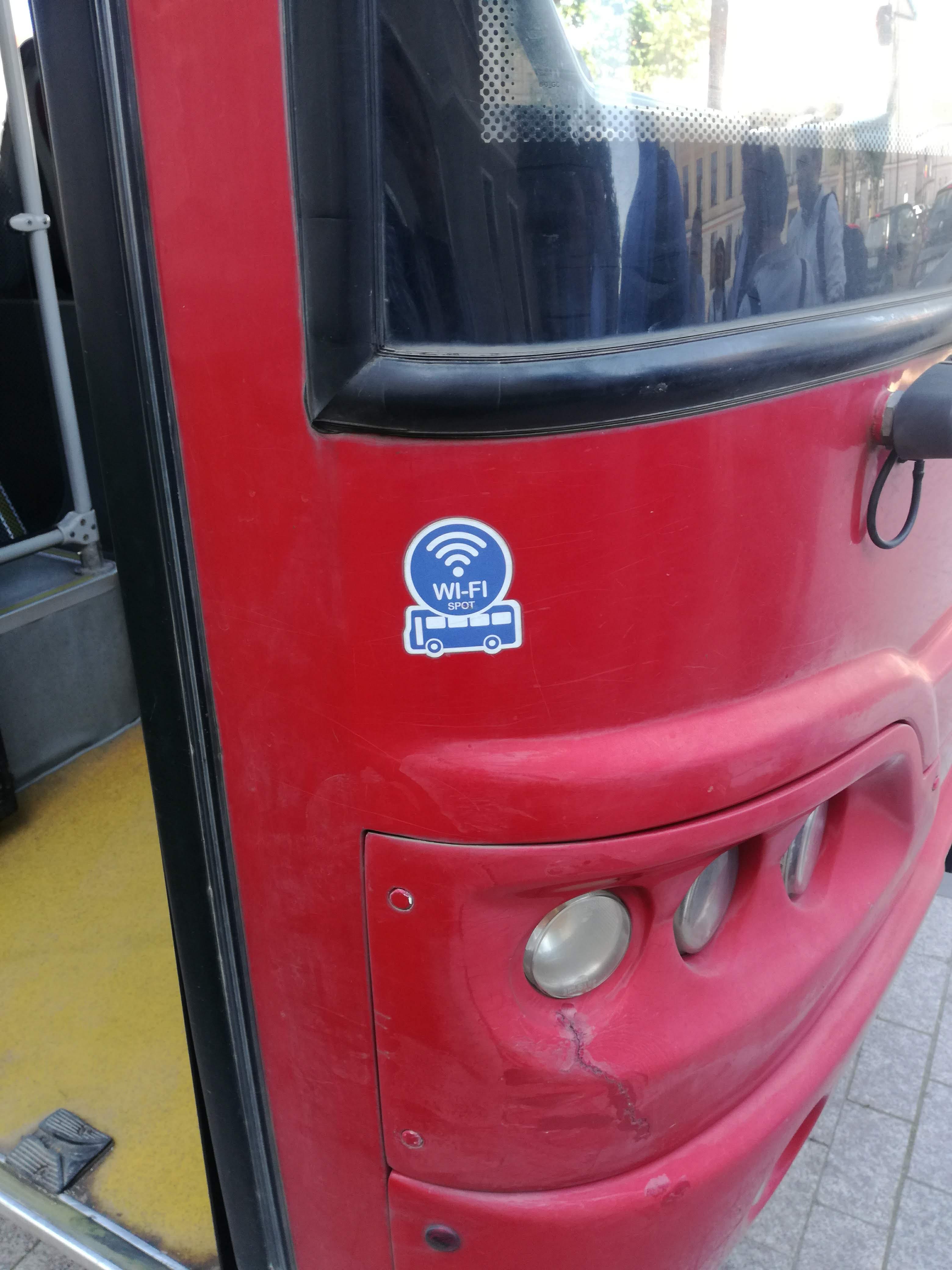 WiFi Bus, the WiFi unit backhauls over Orange Romania's LTE-A network